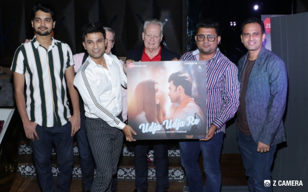 """Smashing poster launch party for soon to be released music video """"Udja Udja Re"""" - in Sin City Mumbai last night!"""