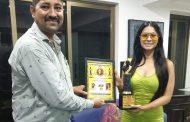 Dr. Krishna chouhan honored actress Tanisha Mukherjee with the award named