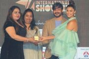 PRO Naghma Khan was honored with the Mid Day Showbiz Award at the hands of Vivek Oberoi and Daisy Shah, in Dubai.