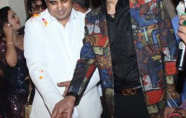 Many film star attended birthday party of Pandit Pawan Kaushik