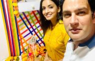 Sumein Bhat visits Annsh Shekhawat's residence to offer prayers to Lord Ganesha