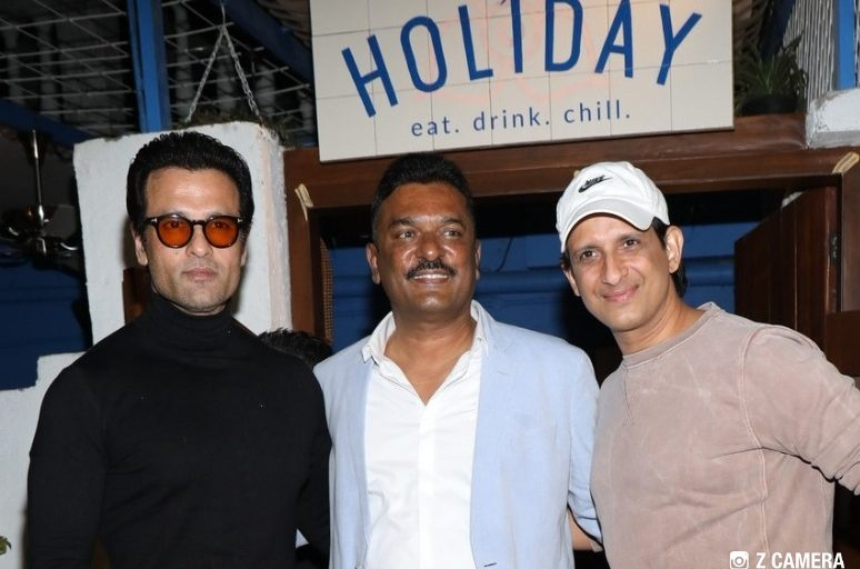 "SNEAK PREVIEW OF ""CAFE HOLIDAY"", AT IT'S OFFICIAL LAUNCH, OWNED BY PRATAP SARNAIK, BHARAT KUKREJA & PRASHANT CHAUDHRI"